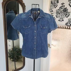 Wrangler short sleeved denim shirt